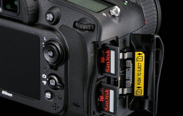 Почему фотоаппарат не читает
